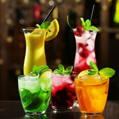 Een paar cocktails